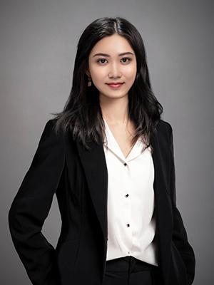 黄迤滢 / Miss.Huang【4年】